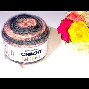 CARRON SWIRL CAKES STRAWBERRY SWIRL